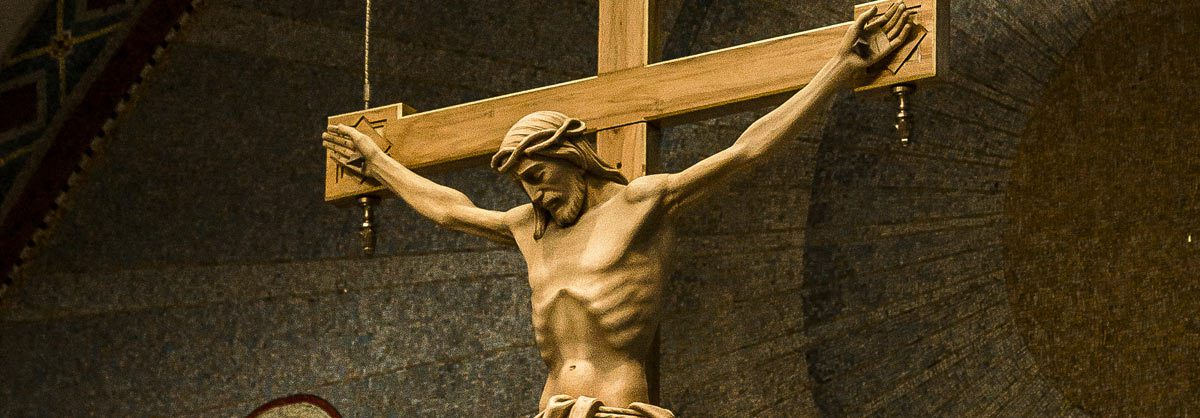 """15 Days of Prayer   Living the Paschal Mystery: """"Communion of the Cross"""""""